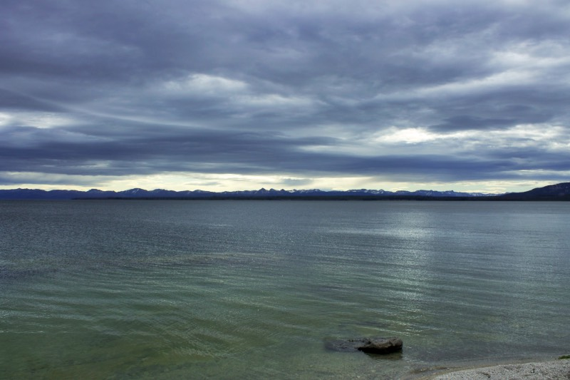 12-Yellowstone-Lake
