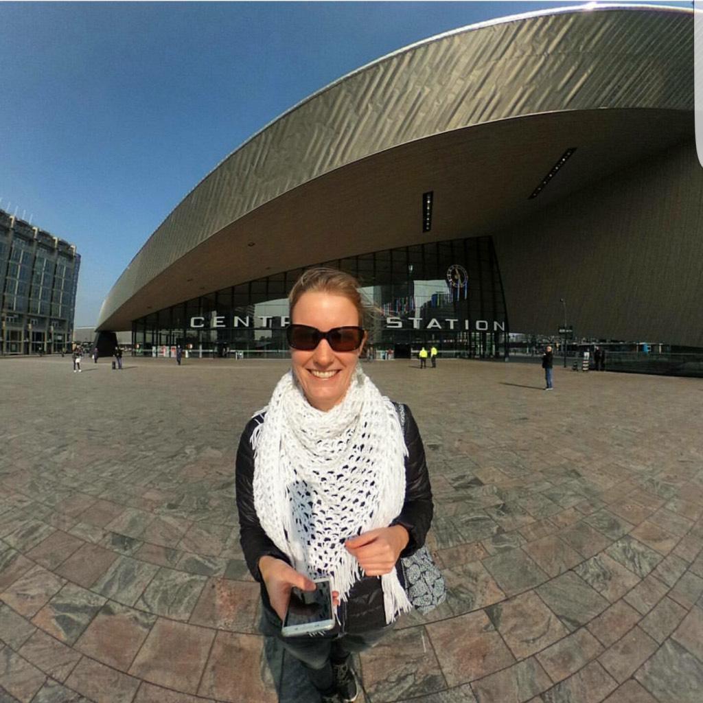 360-graden-foto-op-Rotterdam-Centraal