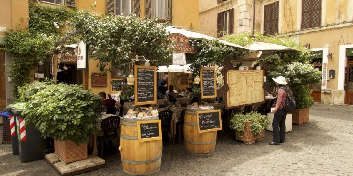 De-wijk-Trastevere-in-Rome-1200x800_c