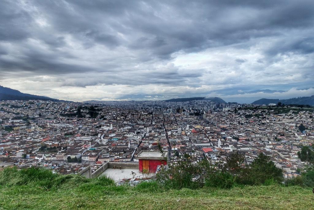 uitzicht over quito in ecuador