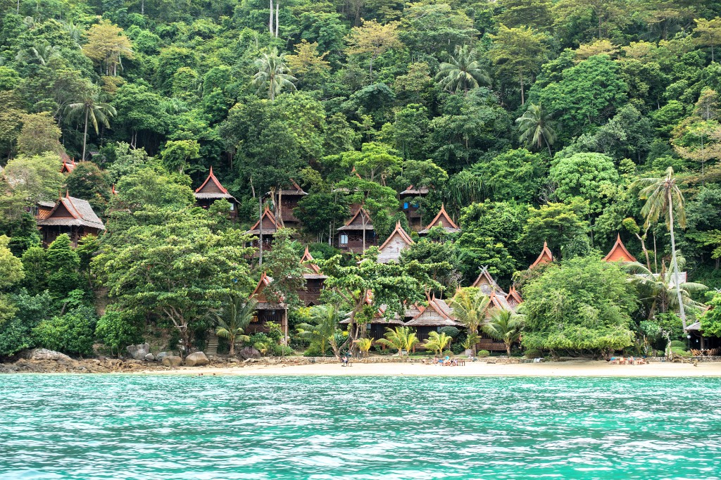 Koh-Phi-Phi-Relax-Beach-Resort