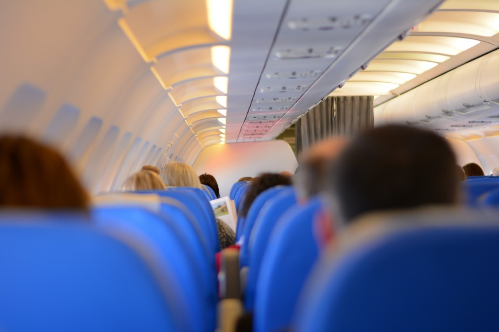 tips-om-te-slapen-in-een-vliegtuig