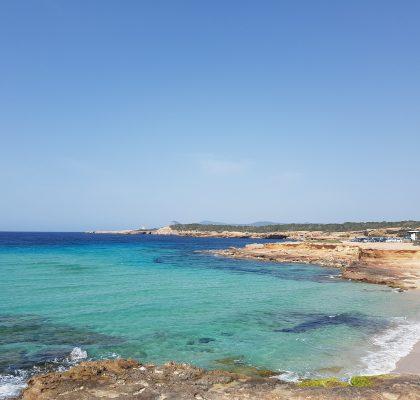 Ibiza in het voorseizoen, cala Comte