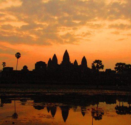 Soms heb je niet zoveel tijd om te reizen. Dan moet je het beste maken van de tijd die je hebt! Thailand, Cambodja, Vietnam en Laos in 30 dagen: het is mogelijk als je je goed voorbereid en alle tijd die je hebt benut. Hier lees je onze route voor Thailand, Cambodja, Vietnam en Laos in 30 dagen Angkor Wat